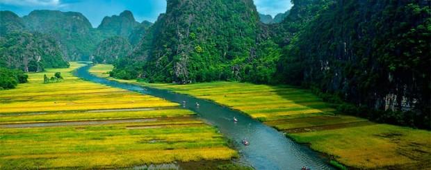Tam Coc – Ngo Dong River in Ninh Binh