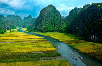 Tam Coc in Ninh Binh - Viet Nam