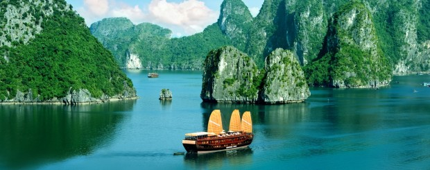 Halong bay - Vietnam tour