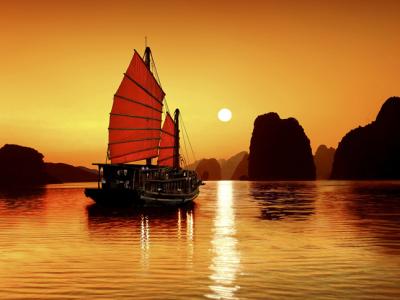 ha long bay - Vietnam tour